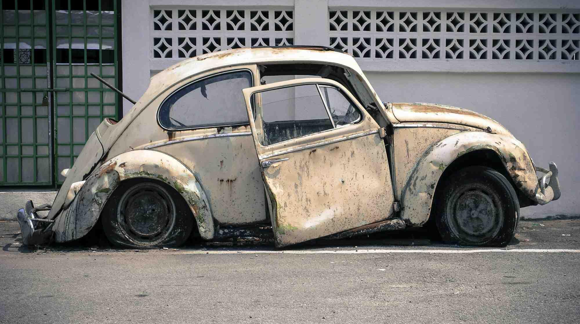 Quelles sont les démarches pour mettre une voiture à la casse ?